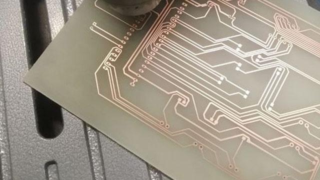 裕惟兴覆铜PCB板耐久使用